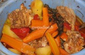 Šoninė su daržovėmis