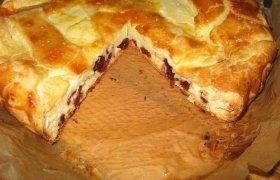Sunkus varškės pyragas