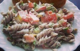 Gaivios grikinių makaronų salotos
