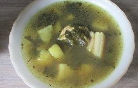 Burokėlių lapų ir kiaulienos sriuba