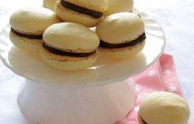 Macarons (Makarons) - prancūziški saldėsiai