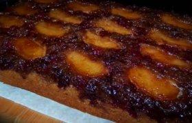 Pyragas su obuoliais ir spanguoliene