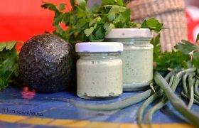 Avokado-graikiško jogurto padažas
