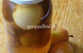 Obuolių ir slyvų kompotas