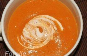 Morkų ir pastarnokų sriuba su imbieru