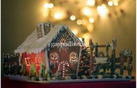 Kalėdinis pasakų namelis