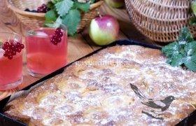 Lengvas ir skanus obuolių pyragas