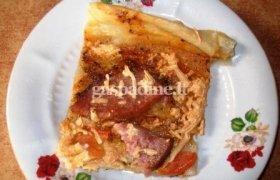 Mielinė pica su sūriu ir pomidorais