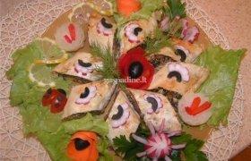 Sluoksniotos tešlos pyragas su grybais