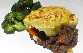 Bulvių ir maltos mėsos pyragas (Cottage Pie)