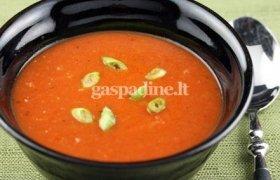 Pomidorų sriuba su makaronais