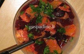 Apelsinų ir burokėlių salotos