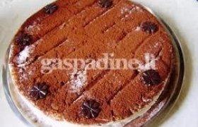 Aivaro keptas ledų tortas