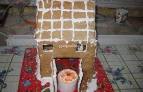 Imbierinis kalėdinis namukas