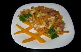 Aštrios salotos su moliūgais ir kumpiu