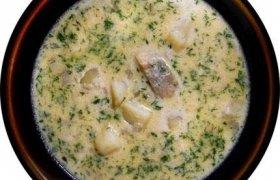 Bulvių sriuba su šviežia silke