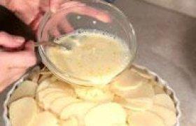 Bulvių užkepėlė su mėsa ir mocarela