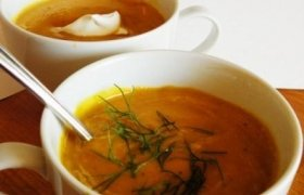 Trinta moliūgų sriuba su daržovėmis