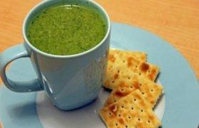 Žalioji sriuba su špinatais ir rukola