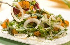 Mandarinų salotos su aguonomis