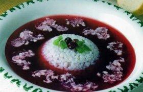 Saldi mėlynių sriuba su ryžiais