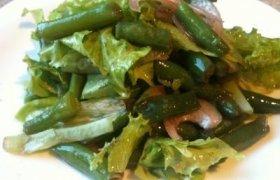 Žaliosios salotos su šparaginėmis pupelėmis
