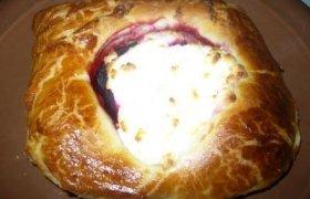 Pyragėliai su burokėliais ir ožkos sūriu
