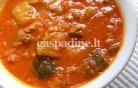 Raudonoji cukinijų sriuba