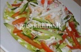 Pomidorų, agurkų ir salierų salotos