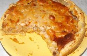 Obuolių pyragas iš trapios ir netrapios tešlos