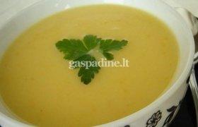 Trinta cukinijų sriuba su sūriu