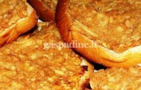 Kepti sumuštiniai su obuoliais ir cinamonu