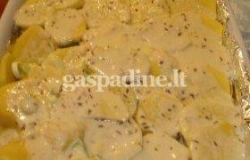 Orkaitėje keptos bulvės su sūriu ir pienu