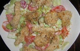 Daržovių salotos su kepinta vištienos filė