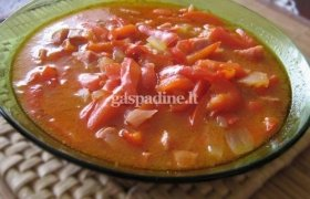 Paprikų sriuba su dešra