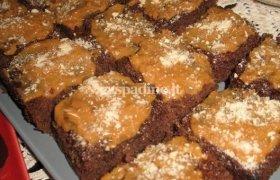 """Šokoladinis pyragas su """"Rududu"""" glaistu"""