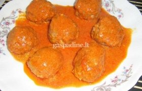 Kukuliukai paprikų ir pomidorų padaže