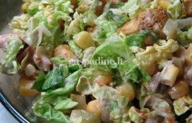 Paukštienos salotos su spanguoliniu padažu
