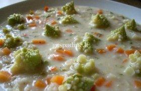 Romanesco žiedinių kopūstų sriuba
