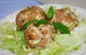 Mėsos kukuliukai su daržovėmis