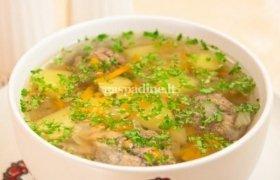 Bulvių sriuba su frikadelėmis