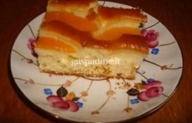 Persikų pyragas