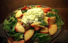 Dietinės salotos