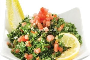 Tabula tradicinės Sirijos salotos