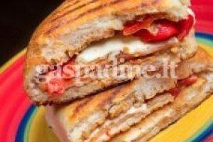 Kepti sumuštiniai su baklažanais