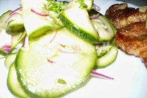 Gaivios cukinijų - agurkų salotos