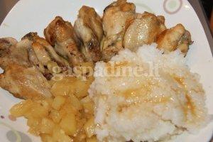 Saldžiarūgštė vištiena su ryžiais