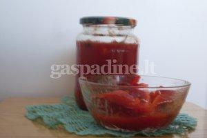 Žiediniai kopūstai, marinuoti pomidorų sultyse
