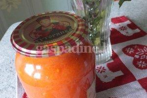 Obuolių - morkų mišrainė