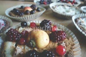 Obuolių tartaletė su karamele ir rikota